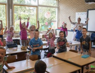 Prinses Beatrixschool neemt afscheid van groep 8 en twee juffen