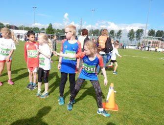 Drukke en gezellige dag op Atletiekbaan in Reeuwijk