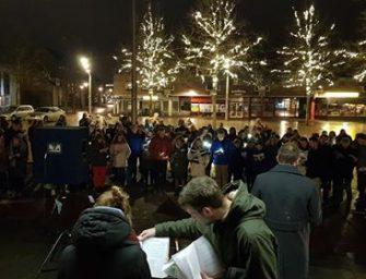 Foto's: 74ste Kerstnachtzang op Raadhuisplein
