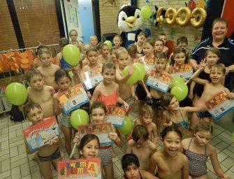 37 kinderen behalen zwemdiploma A bij Sportcentrum De Kuil