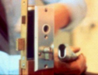Politie doet onderzoek naar woninginbraak in Bodegraven