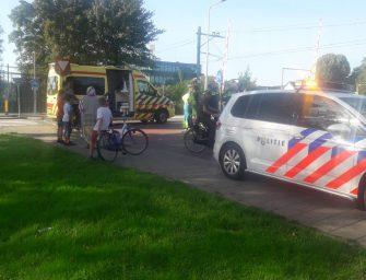 Fietster lichtgewond na aanrijding met auto in Bodegraven