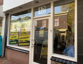 Punt Komma en Dessous openen pop-up store