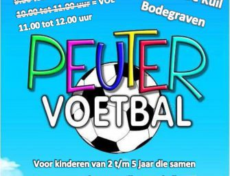 Peutervoetbal in Sporthal De Kuil