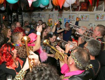 Warm draaienvoor carnaval met WildeBloazz