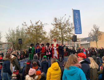 Sinterklaas bezoekt scholen in Bodegraven-Reeuwijk