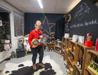 """Annemiek Oskam: """"Ik wil dat als iemand een geschenk openmaakt echt denkt: 'Oh, lekker!'"""
