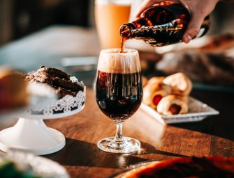 Kok Edwin van den Heuvel komt met Koksvisie's Bier & Bites voor Vaderdag