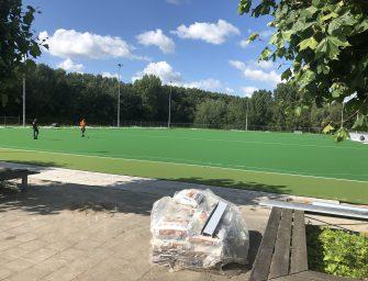 Renovatie hockeyvelden in Reeuwijk